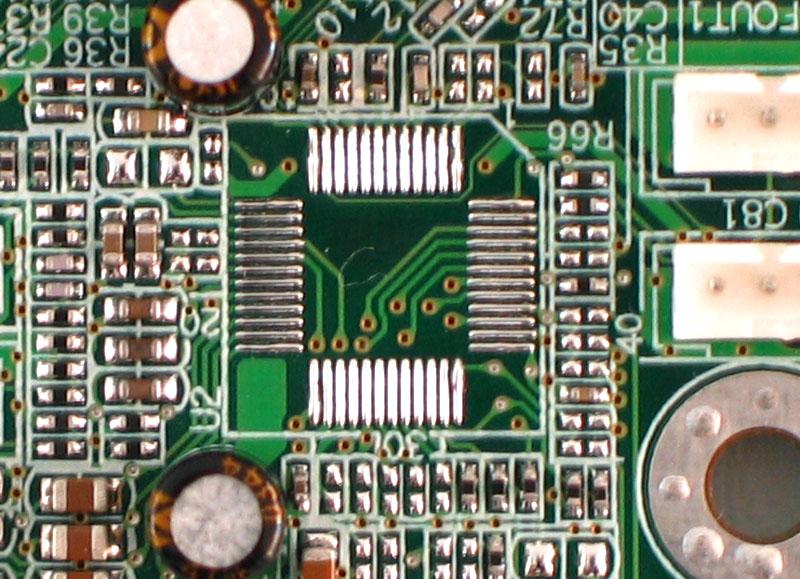 七彩虹推出神秘lag775主板---多图曝光